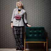 Livingwalls Vliestapete mit Glitter Metropolitan Stories Lizzy London braun, metallic